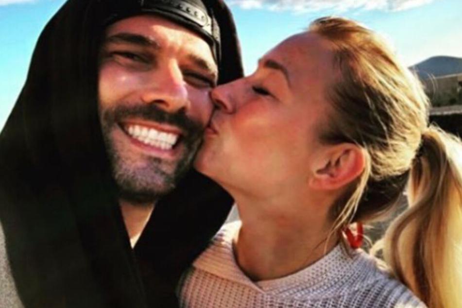 Ein Bild aus glücklichen Zeiten: Noch im Januar zeigten sich die beiden verliebt auf Tour.