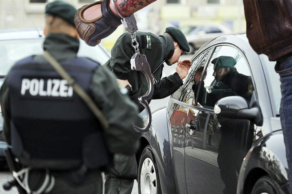 Ein Gefängnis-Ausbrecher bat in der Nacht von Sonntag auf Montag Bundespolizisten um Hilfe. (Symbolbild)