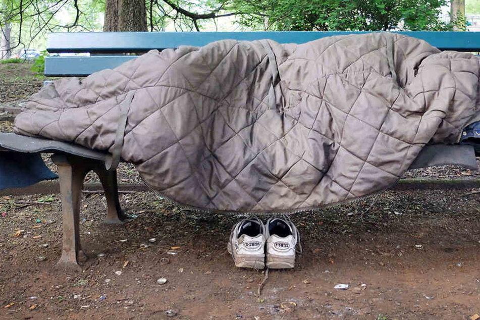 Obdachlosigkeit kann für viele Menschen zum Problem führen.