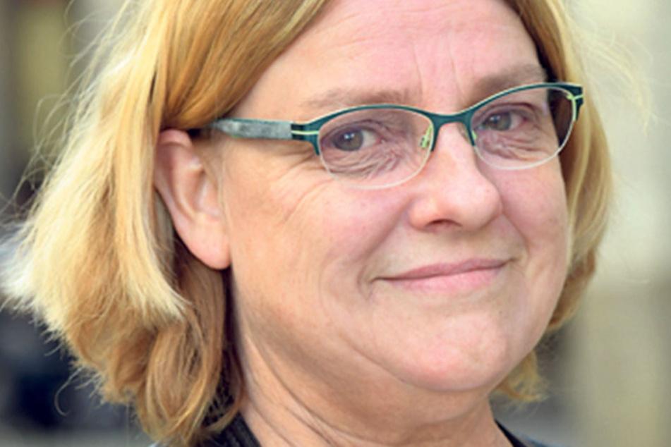 """Christine Johns (54), Bankangestellte aus Dresden, findet wählen wichtig: """"Ich wähle die Linken. Ich habe immer links gewählt. Bei denen ist für mich die soziale Ausrichtung klarer als bei der SPD."""""""