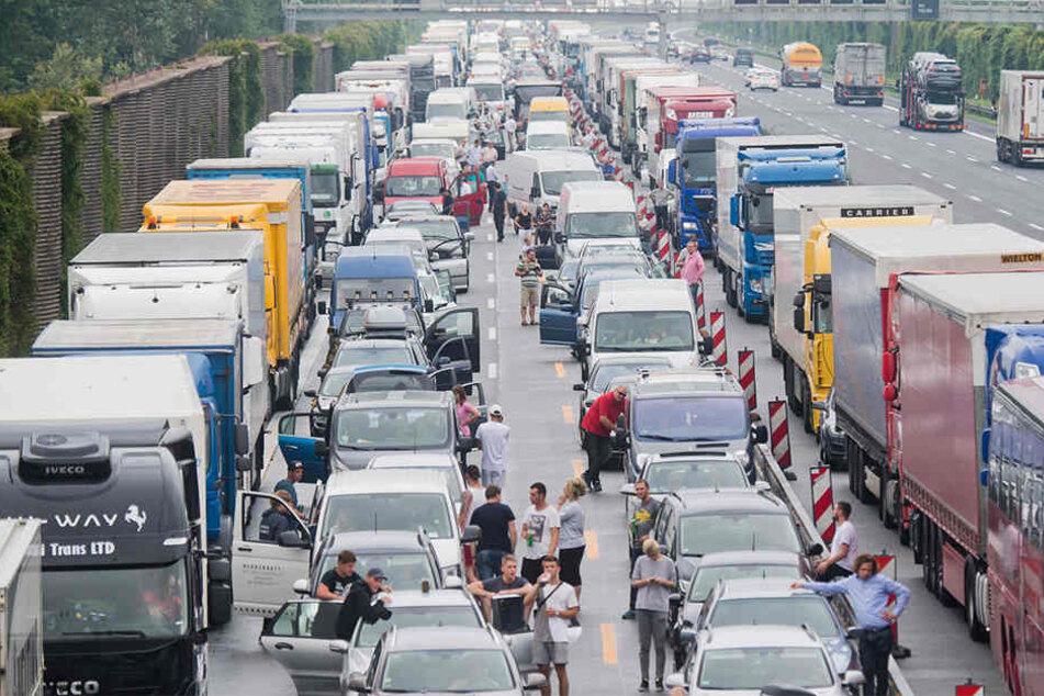 Wegen Staus? Ein deutsches Paar meidet seit Jahren die deutsche Autobahn.
