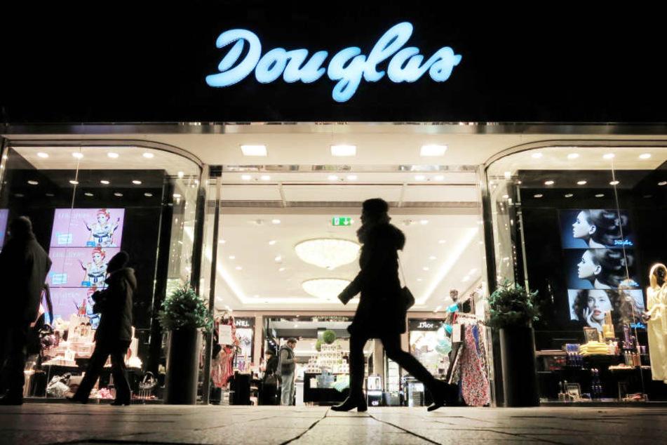 Douglas Verkäuferin