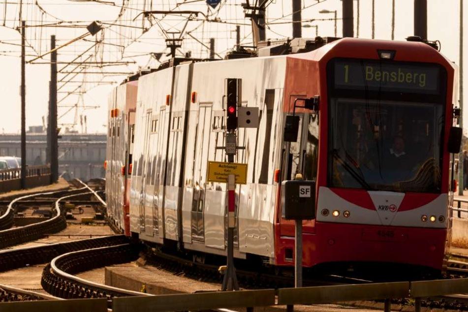 Bekommen die KVB-Bahnen zusätzliche Kameras für die Sicherheit? (Symbolbild)