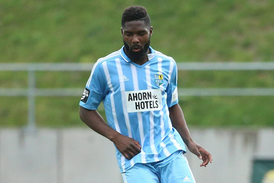 Innenverteidiger Mbende holte mit dem CFC  sieben Punkte.