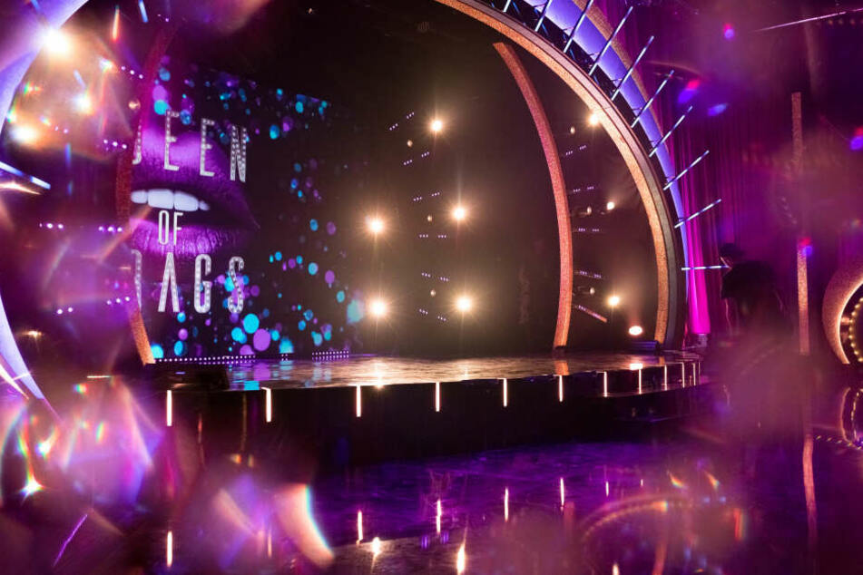 Auf dieser Bühne werden die Drag Queens wöchentlich performen.