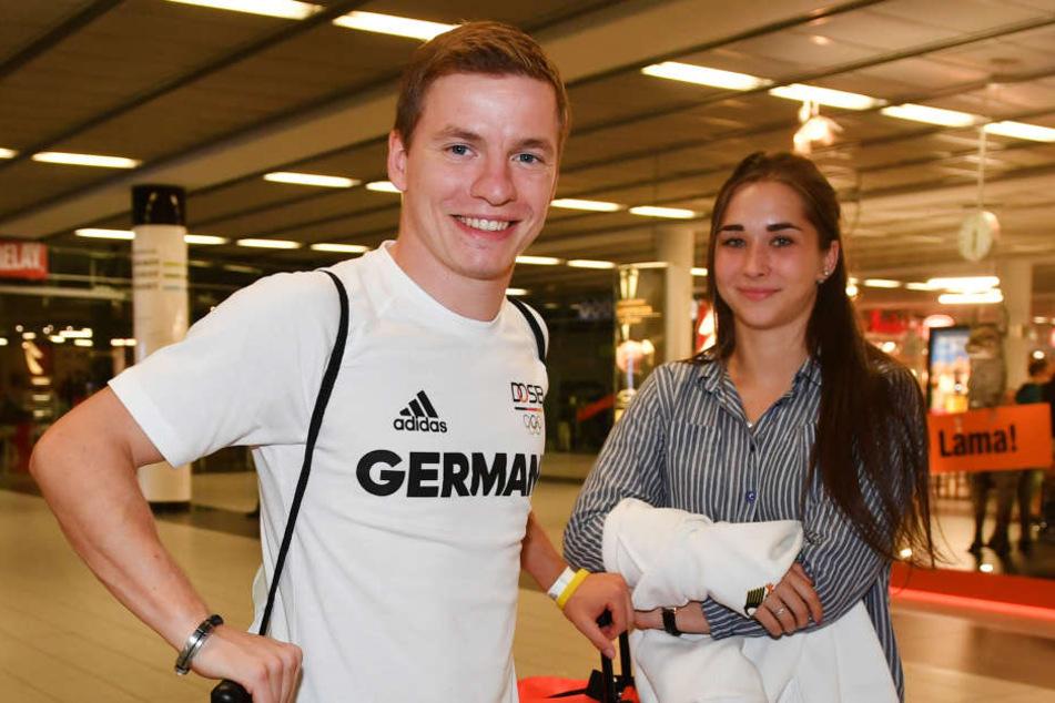 Martin Wolfram und die Frauen - ein unerschöpfliches Thema. Erst lächelt er mit Freundin Tina Leuchte (18) ...