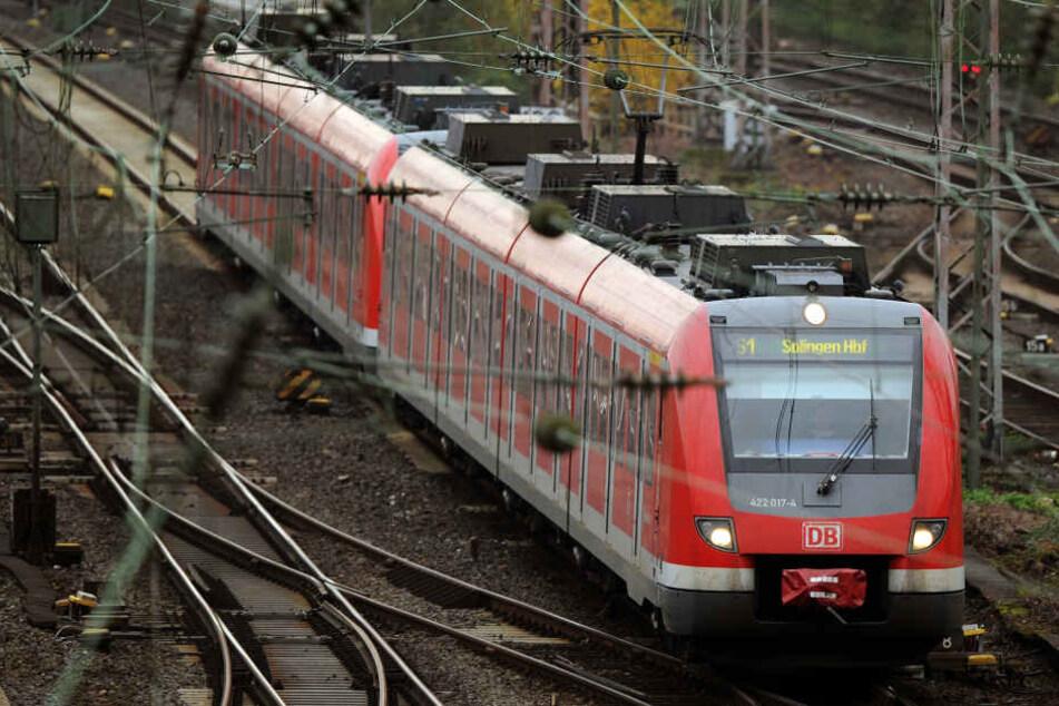 Ein Zug im Ruhrgebiet.