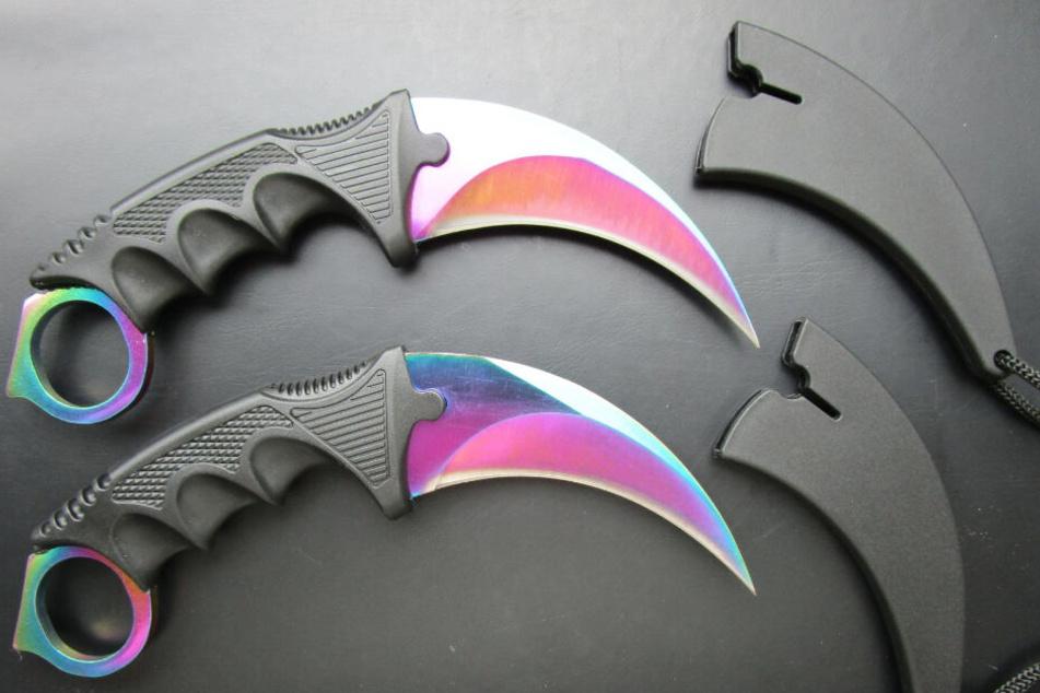 Für diese aus Asien stammenden Messer gilt ein Mindestalter von 18 Jahren.