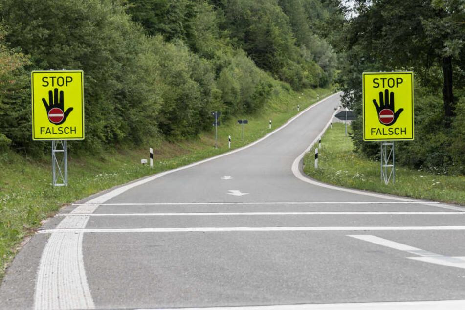 Der betrunkene Motorradfahrer fuhr in verkehrter Richtung auf der Autobahn. (Symbolbild)