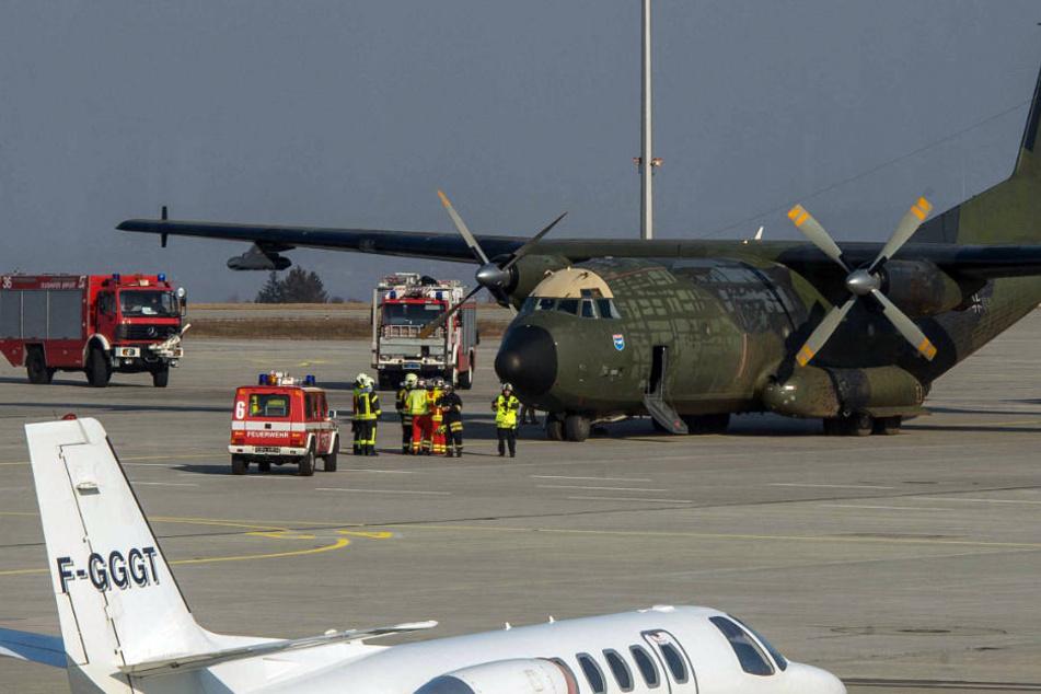 Großeinsatz am Airport! Bundeswehr muss notlanden