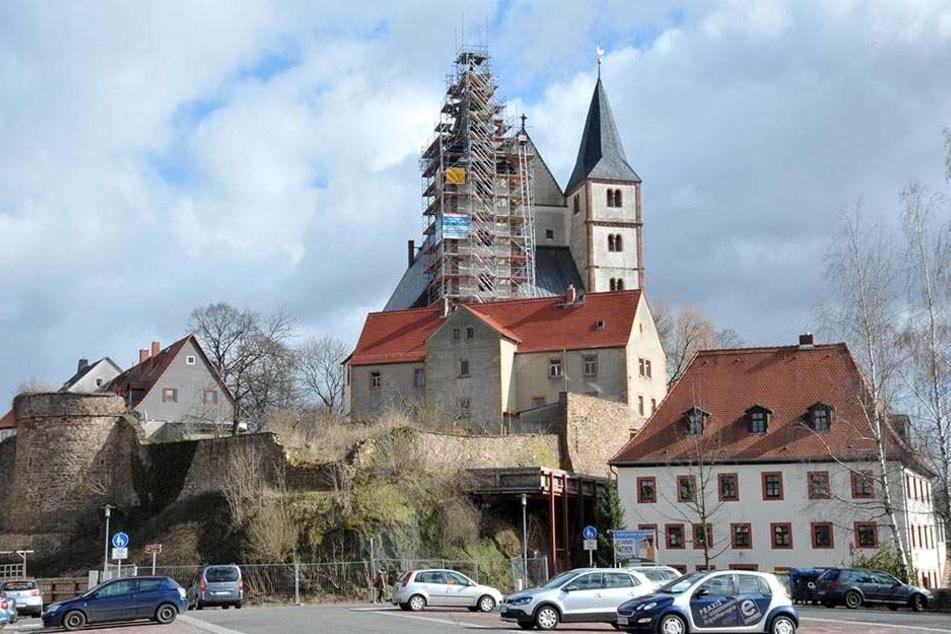 Die Nikolaikirche in Geithain. Die Stadt wächst durch die Eingemeindung Narsdorfs auf über 7000 Einwohner.