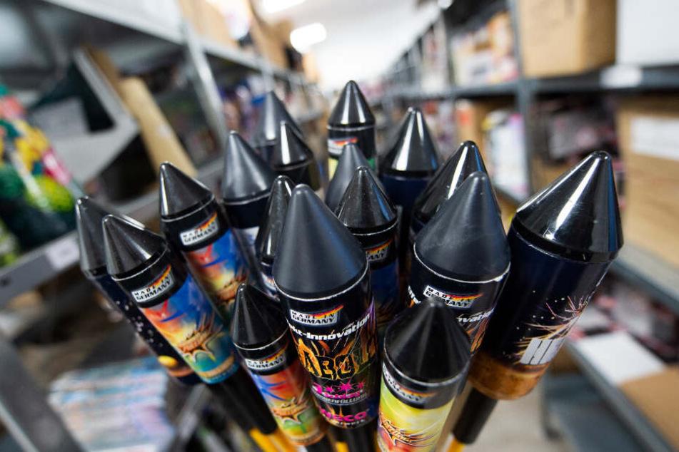 Unternehmen verzichten auf den Verkauf von Feuerwerkskörpern. (Symbolbild)