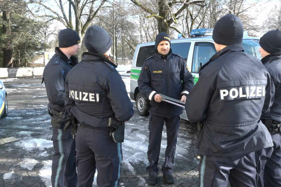 Die Polizei in Regensburg erhöht den Fahnungsdruck nach dem Täter.