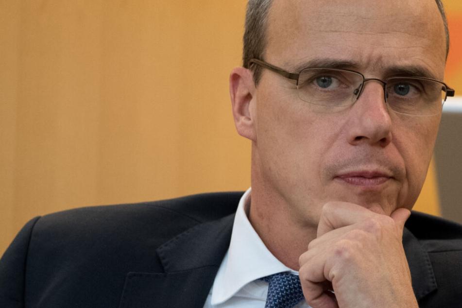 Der CDU-Politiker war für den Kauf der Analyse-Software von Palantir verantwortlich.