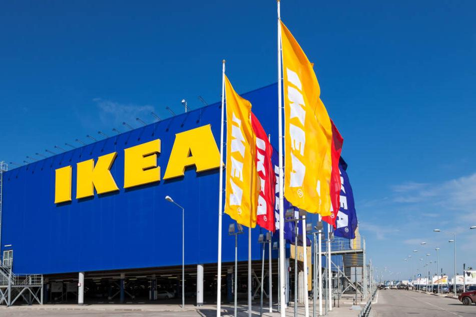 Eine junge Frau bekam im Ikea Wehen. Wenig später wurde ihr Kind geboren.