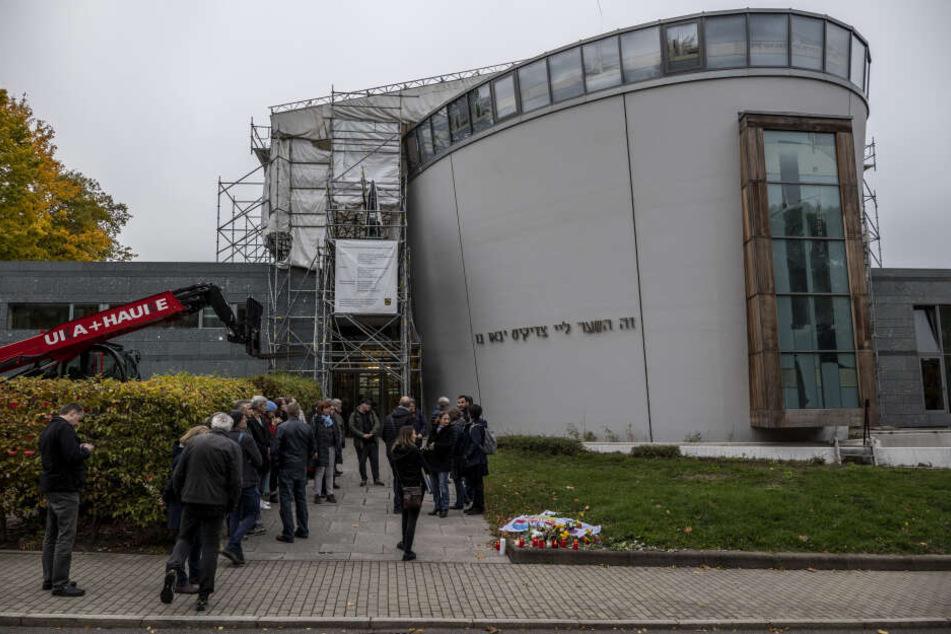 An der Mahnwache am 11. Oktober nahmen 45 Personen teil.
