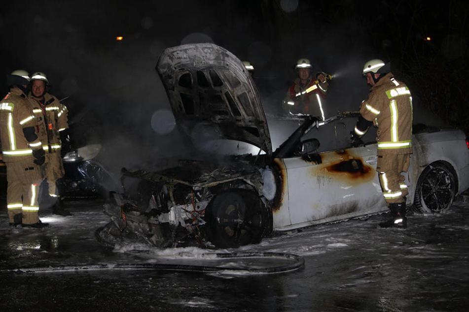 Ein Audi Cabrio wurde in der Nacht zu Freitag in Berlin-Lichtenberg angezündet.