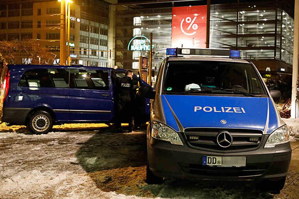 Großrazzia in Chemnitz! Polizei durchkämmt Innenstadt