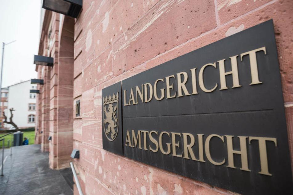 Der Prozess beginnt am Mittwoch um 10 Uhr vor dem Landgericht Hanau (Archivbild).