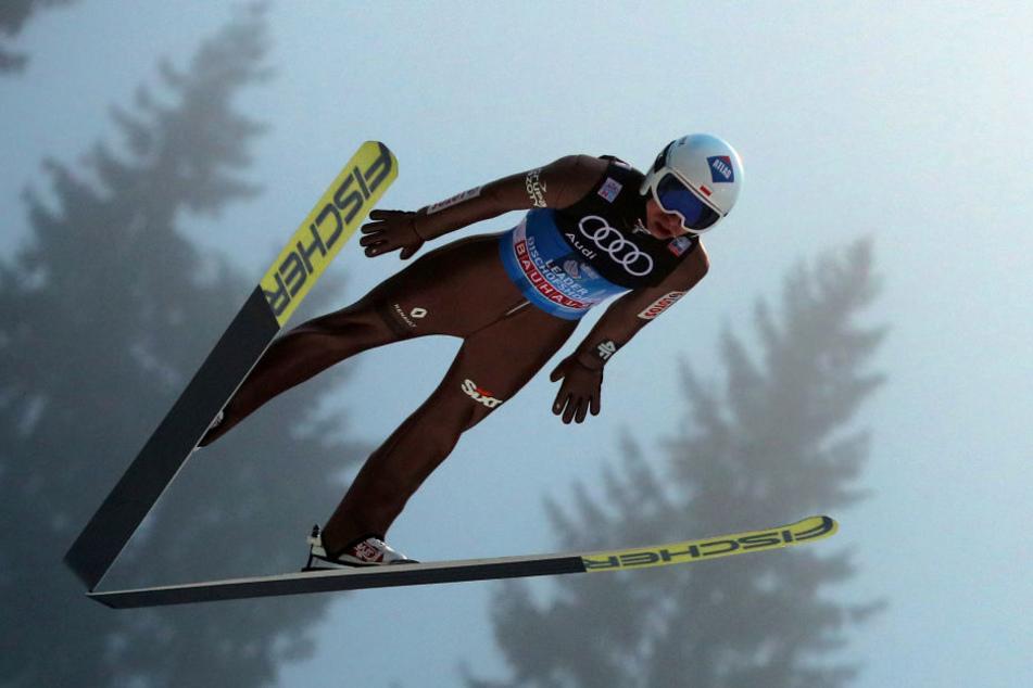 Kamil Stoch hat am Samstag das vierte Vierschanzentournee-Springen gewonnen.