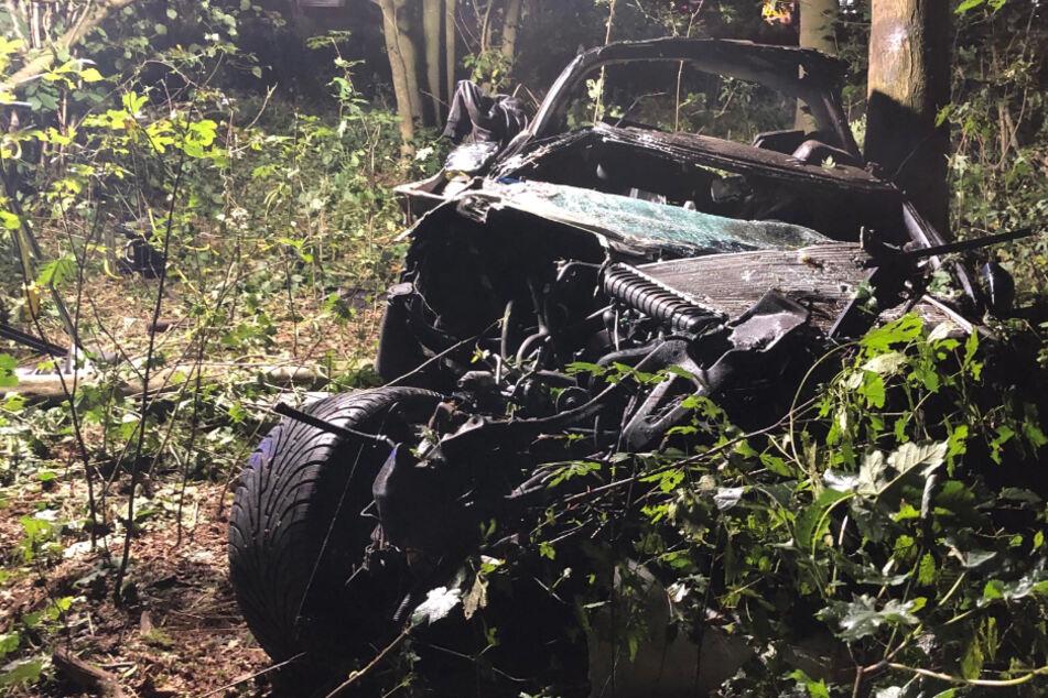Überhol-Unfall auf A2: 32-Jähriger schleudert in Waldstück und stirbt, Zeugen gesucht!