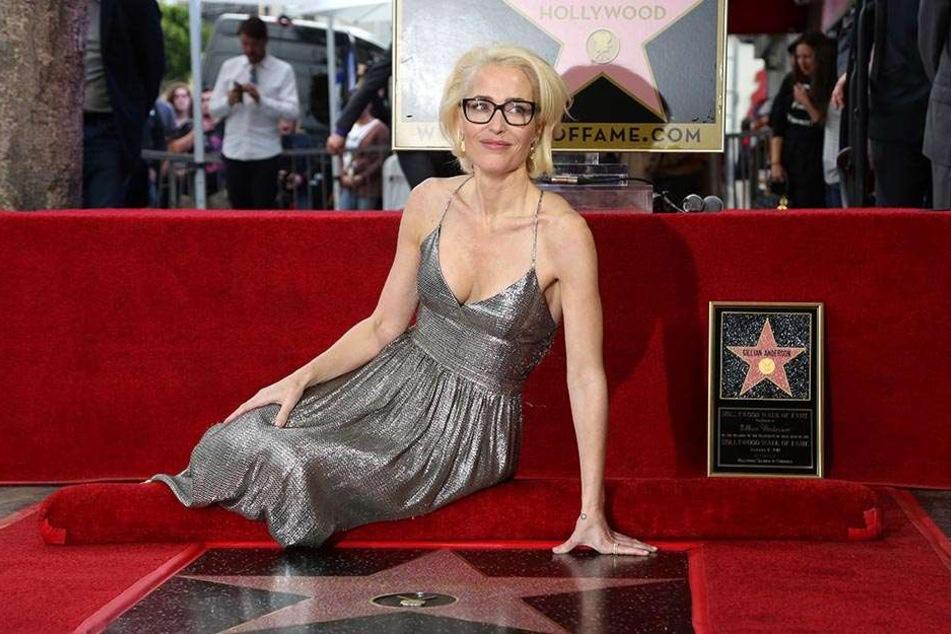 Gillian Anderson mit einem Hollywood-Stern geehrt
