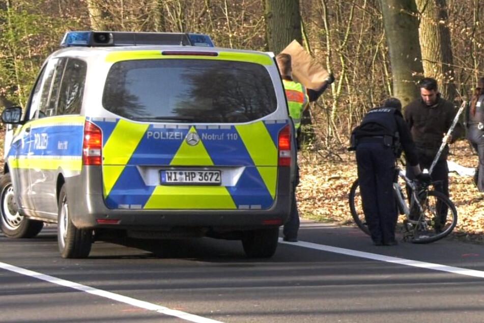 Tödlicher Unfall: Transporter rammt Fahrrad-Fahrer mit voller Wucht