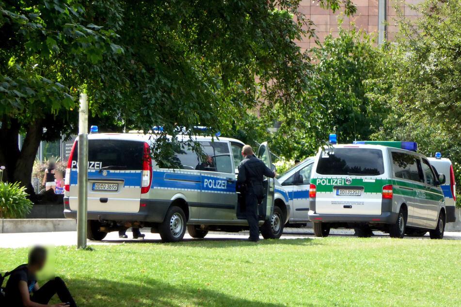 Die Chemnitzer Polizei musste am Montag in den Stadthallenpark ausrücken. Zwei Männer waren in Streit geraten (Archivbild).