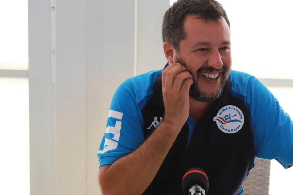 Salvini ätzt auf Twitter gegen Mission Lifeline: Droht Italiens Innenminister in Deutschland nun der Knast?