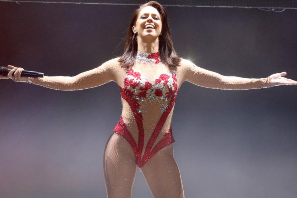 Vanessa Mai hat bei ihren Shows kein Problem mit sexy Klamotten.