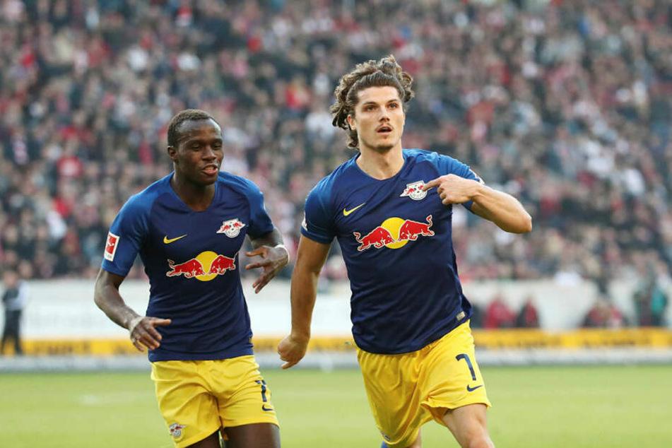 Erzielte sein drittes Ligator dieser Saison: Marcel Sabitzer (r.), hier beim Jubel mit Bruma.
