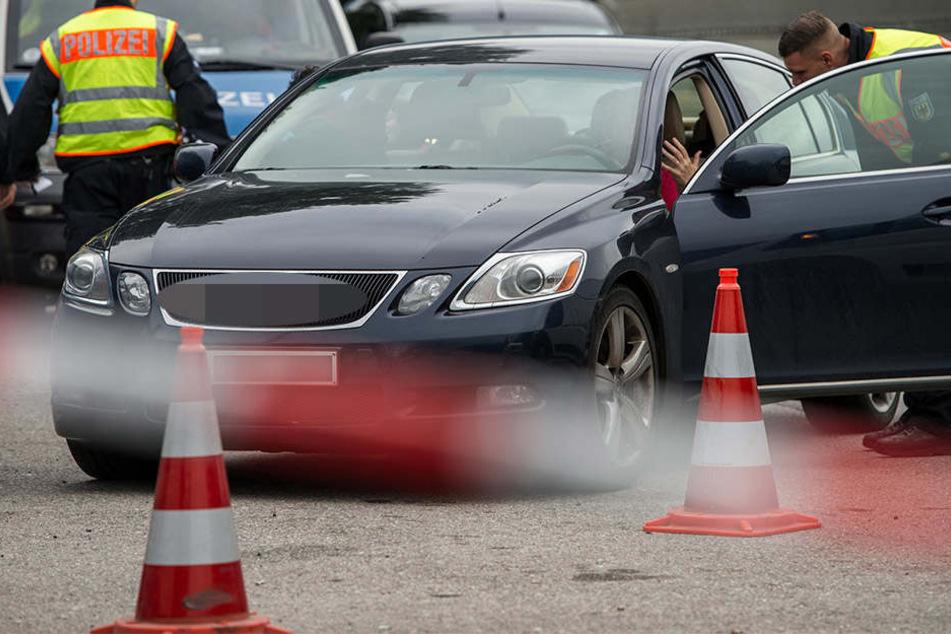 Die Polizei konnte am Sonntagmorgen eine Schleusung verhindern. (Symbolbild).