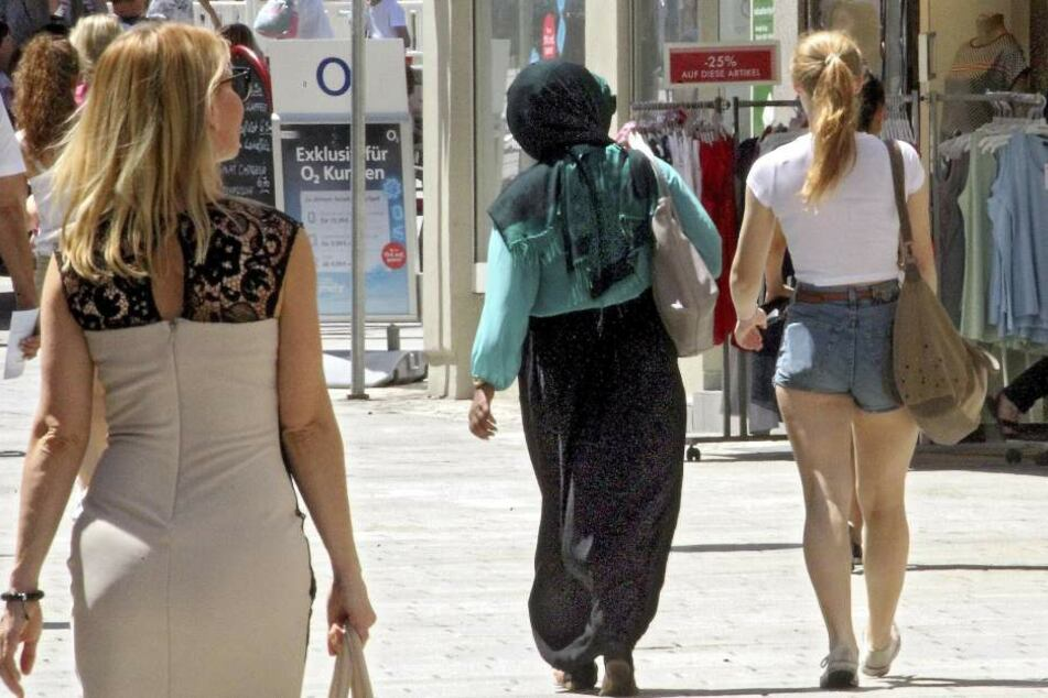 Früher haben arabische Familien gerne in Dresden eingekauft. Doch nun bleiben die Touristen aus der Wüste aus.