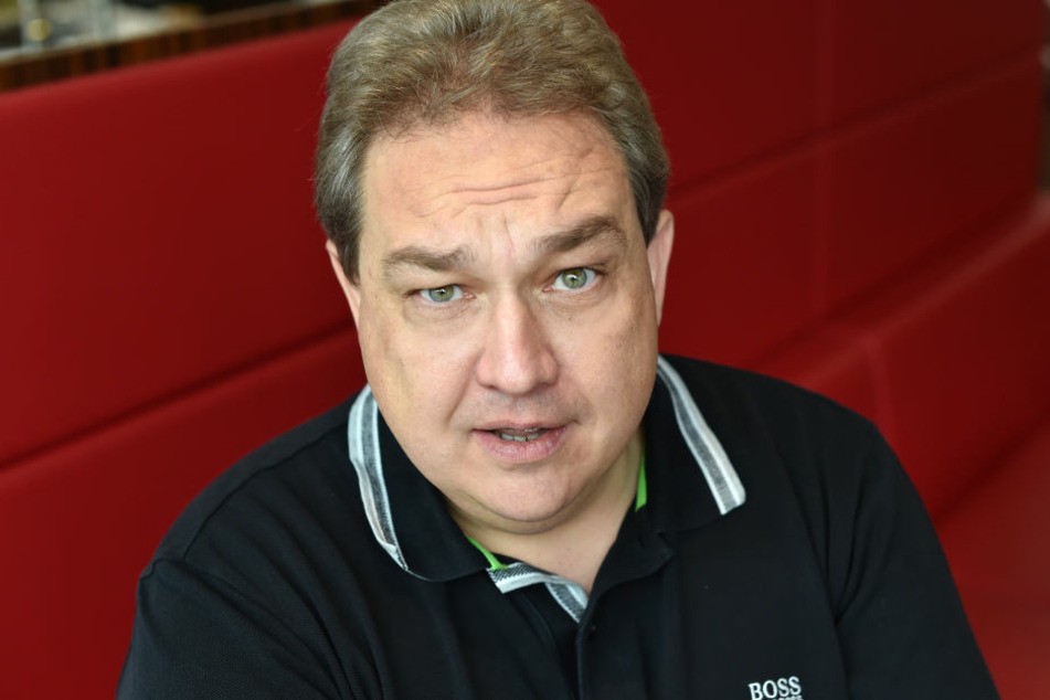 Jetzt meldet sich auch Komiker Oliver Kalkofe (52) zu Wort.