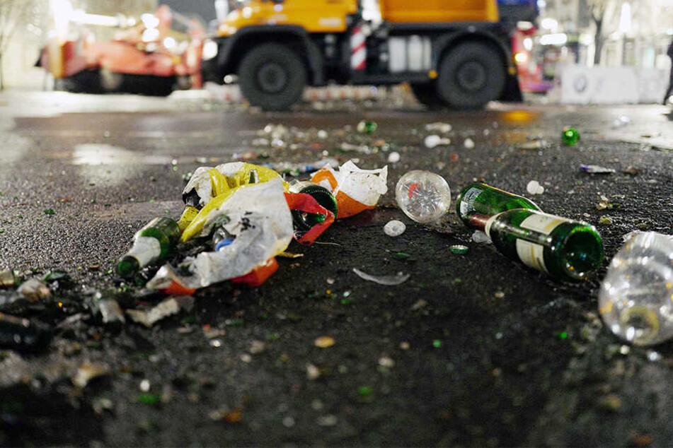Straßen-NRW spricht von einem Müllproblem in NRW. (Symbolbild)