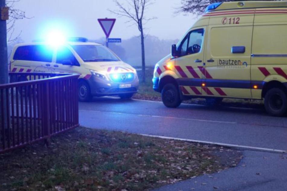 Familienstreit eskaliert: Mann verletzt 69-Jährigen mit Messer und flieht!