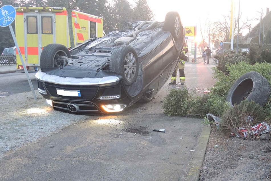 An dem Mercedes entstand ein Schaden von rund 60.000 Euro.
