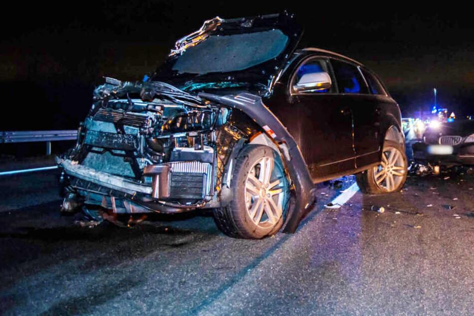Schwangere bei heftigem Unfall auf der Autobahn schwer verletzt