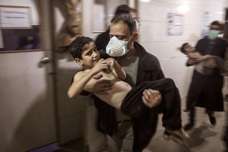 Ein Kind ist Opfer des Krieges in Syrien geworden. (Archiv)