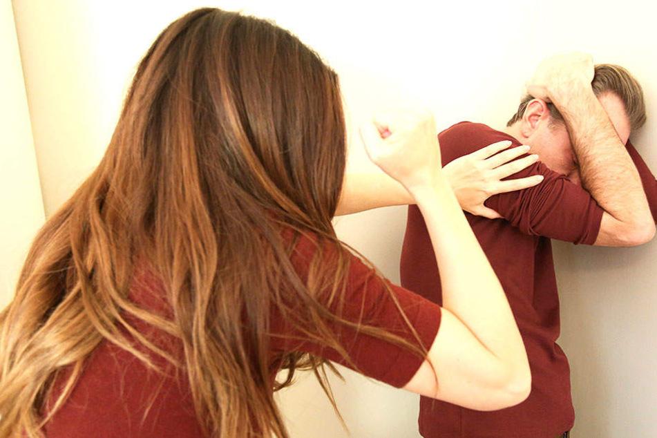 Wenn Männer zu Opfern werden: Häusliche Gewalt geschieht mitten unter uns, kommt in allen Milieus vor.