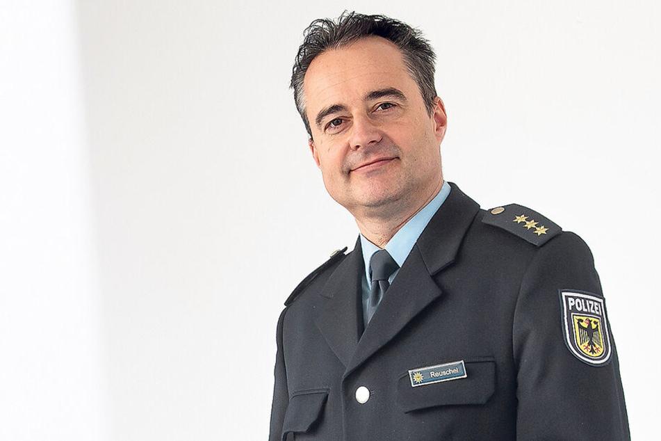 Rico Reuschel (48) ist der neue Bundespolizei-Chef in der Landeshauptstadt.