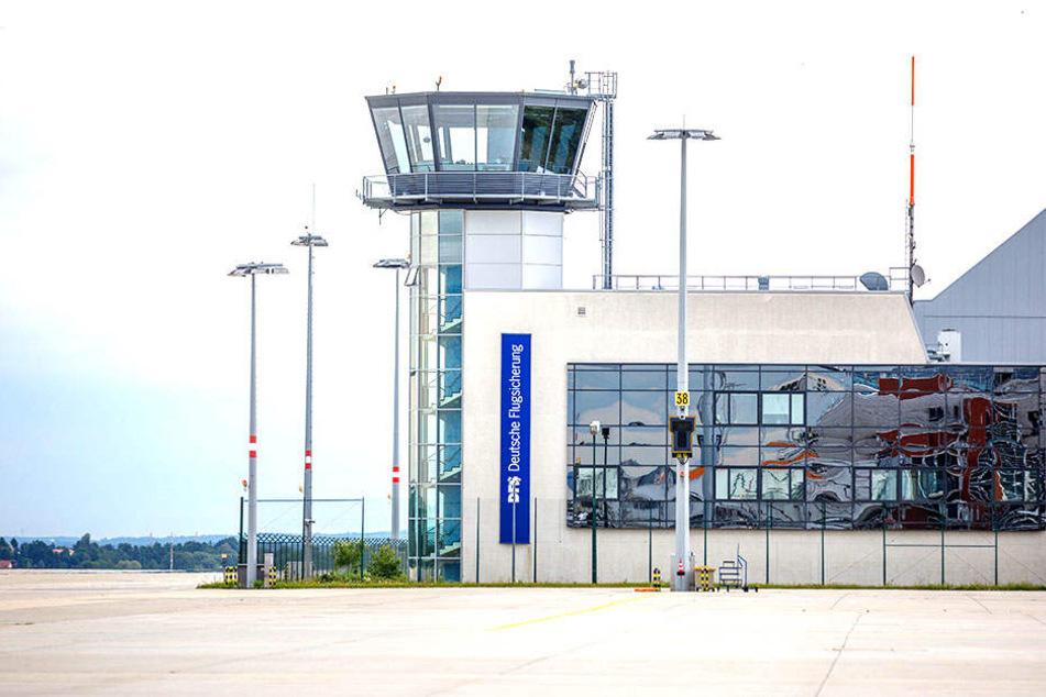 Der Tower am Dresdner Flughafen