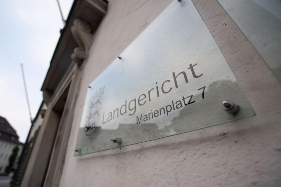 Der Mordprozess wird vor dem Landgericht Ravensburg eröffnet.