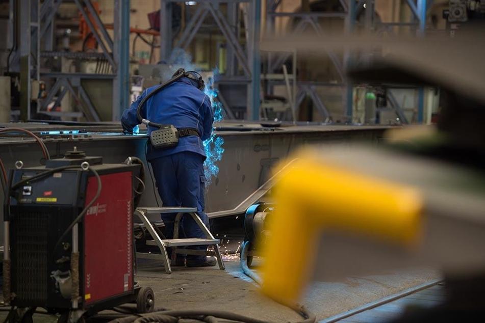 Im Waggonbau Niesky (WBN) arbeiten viele Maschinenbau-Spezialisten.