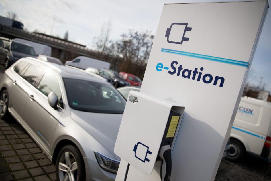 Ohne Ladestationen keine Elektroautos: Wie gut ist Deutschland aufgestellt?