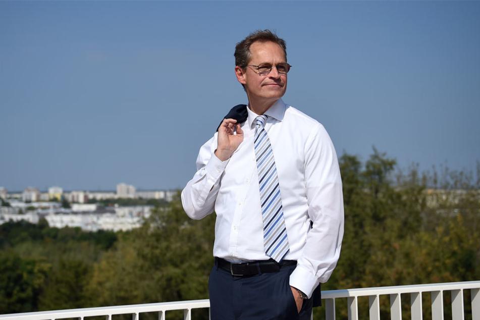 Der Regierende Bürgermeister Michael Müller (52, SPD) besuchte vorab den Park, um sich ein Bild zu verschaffen.