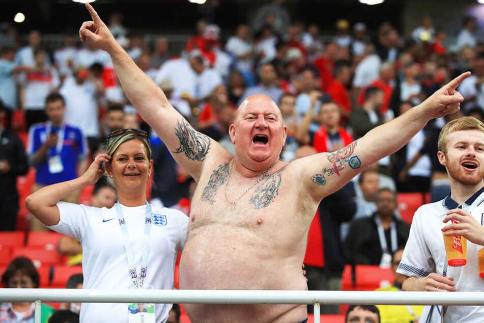Die englischen Fans machten die Nacht zum Tag.