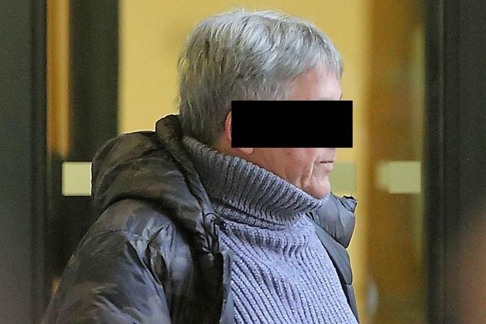 Ralf F. (64) war mächtig wütend über ein Knöllchen an seinem Auto.