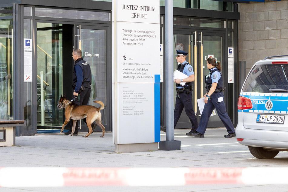 Bombendrohungen gegen mehrere Gerichte in Deutschland eingegangen!