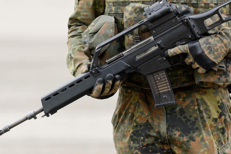 Spionage bei der Bundeswehr? Übersetzer (51) soll zahlreiche Staatsgeheimnisse verraten haben